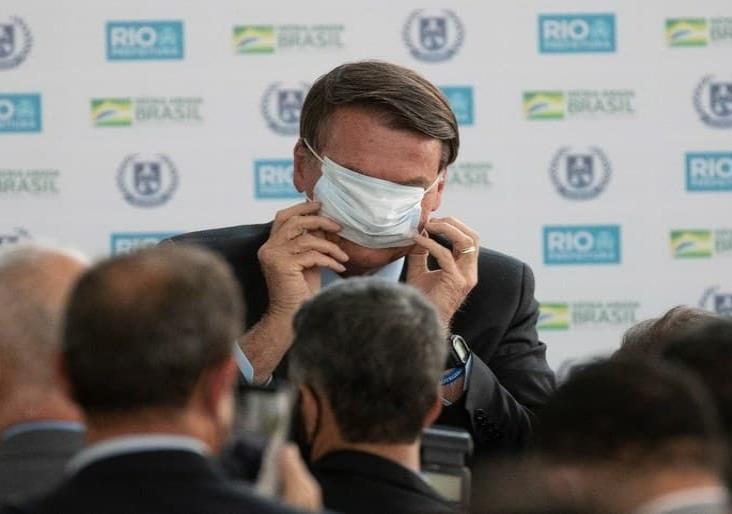 """""""Qué ganas de reventarte la boca a golpes, dice Bolsonaro a periodista"""