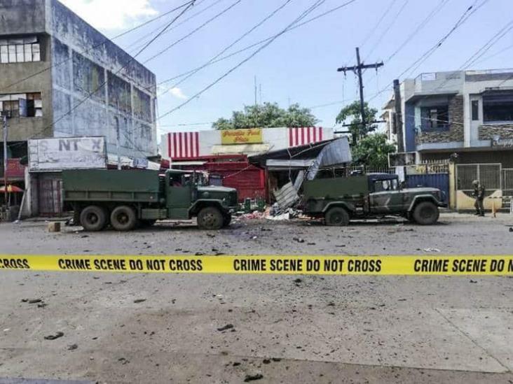 Al menos 10 muertos y decenas de heridos en doble atentado en Filipinas