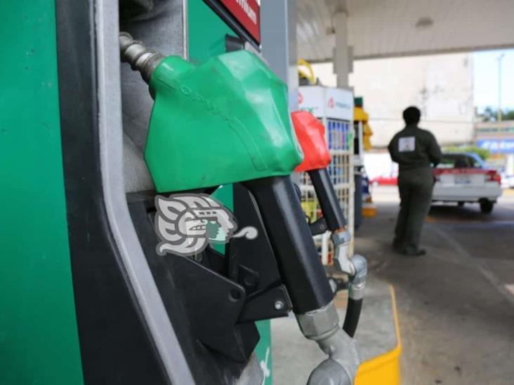 Moloacán con combustibles más caros del país