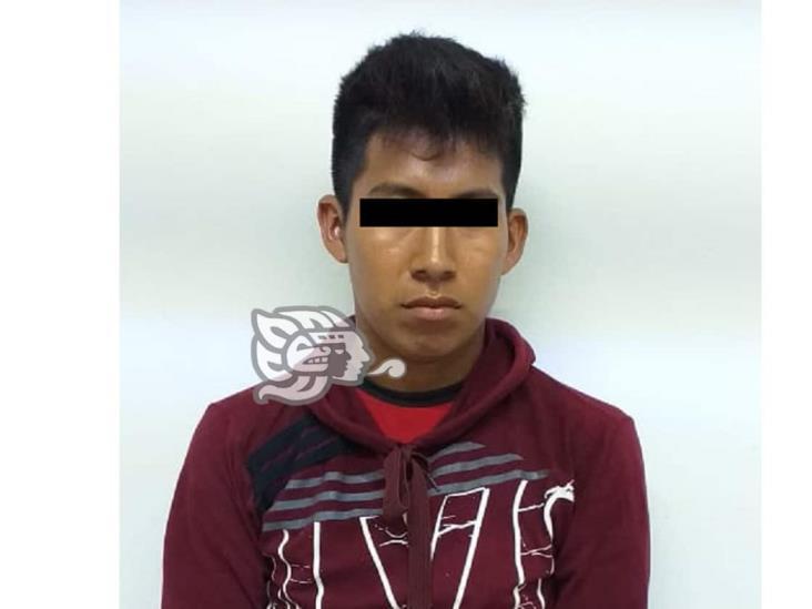 Pobladores de Jesús Carranza detienen a joven mientras abusaba de su sobrina