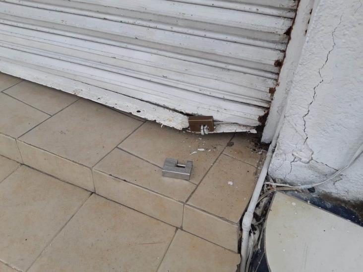 Intentan robar negocio de crepas en fraccionamiento de Veracruz