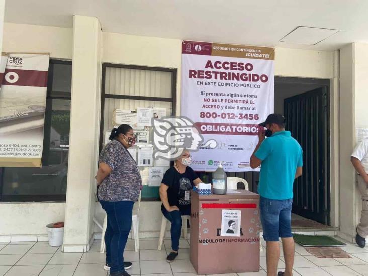 Aplican filtro sanitario en el Ayuntamiento de Coatzacoalcos