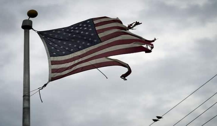 ´Laura´ azota con fuertes vientos la costa de Louisiana