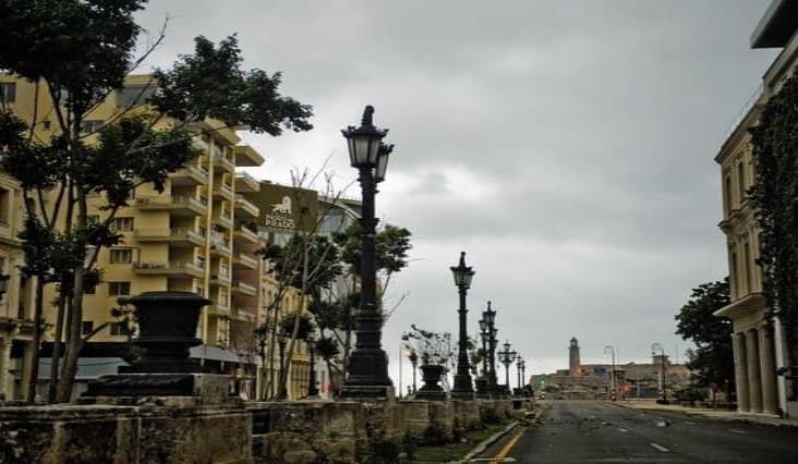 Ordenan toque de queda en La Habana para ´arrinconar´ al Covid-19