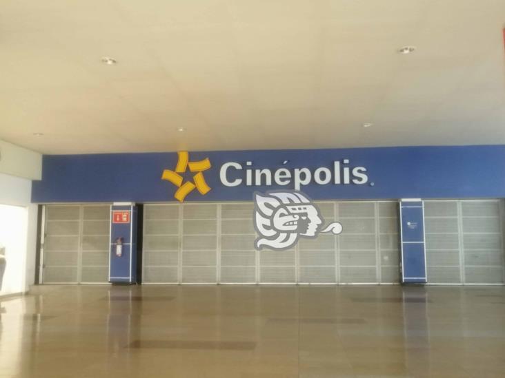 Por pandemia, el único cine de Tuxpan permanece cerrado