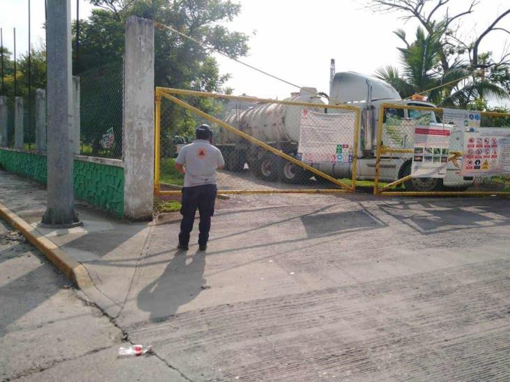 Reportan fuerte olor a gas en colonia Laredo en Poza Rica