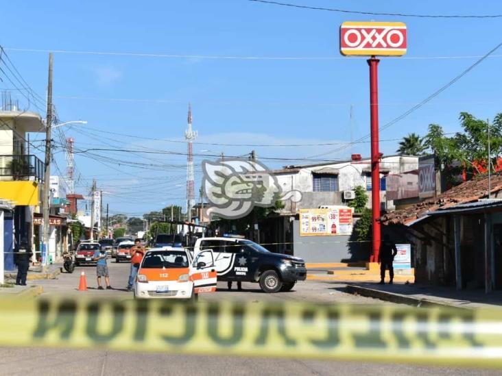 Comando intercepta y priva de la libertad a taxista en Acayucan