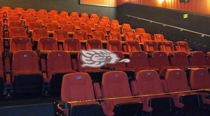 Vuelven a cerrar los cines de Minatitlán por regreso a Semáforo Rojo