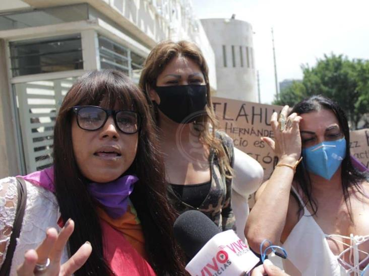 Comunidad LGBT mantendrá protesta en Fiscalía de Veracruz