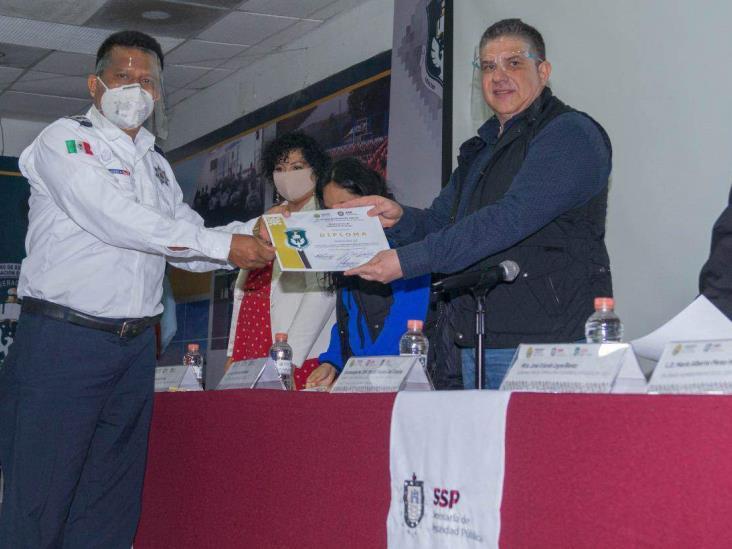 Profesionalización de cuerpos policiales, prioridad del Gobierno de Veracruz