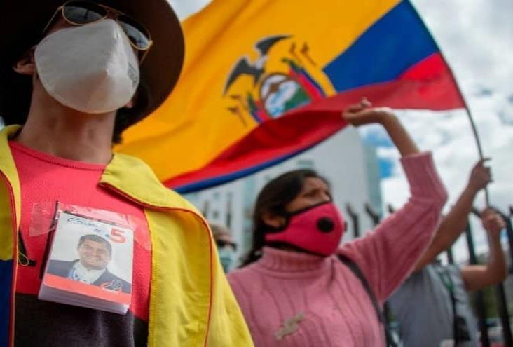 Tribunal valida proceso contra ex presidente Rafael Correa