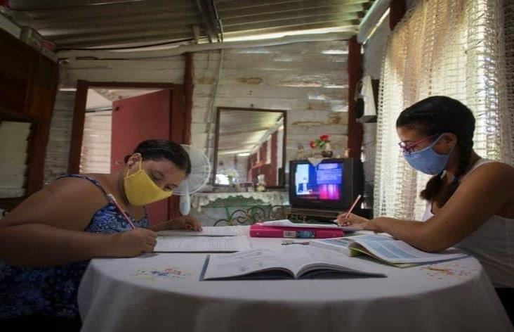 Cuba cierra escuelas en provincia del centro por rebrote de Covid-19
