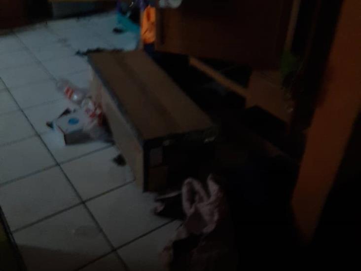Policías levantan a ama de casa en Cardel, acusan