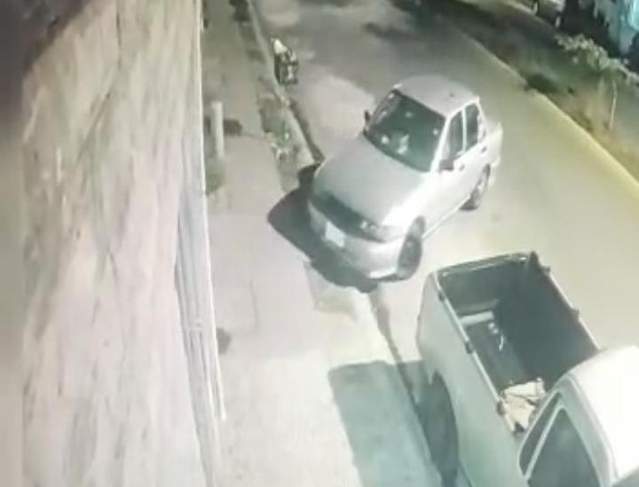 En cuestión de minutos roban vehículo en Veracruz