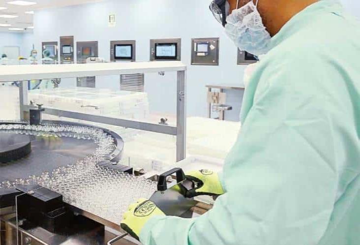 AstraZeneca reanuda pruebas