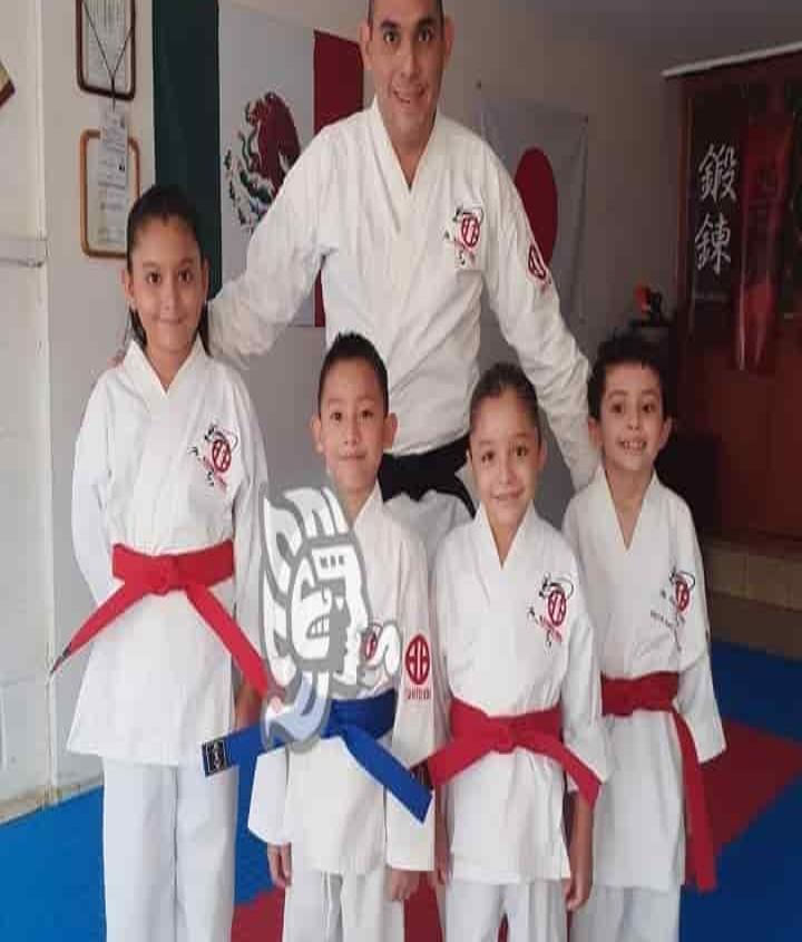 Karatekas a dar la batalla en el Monarca Tournament Virtual