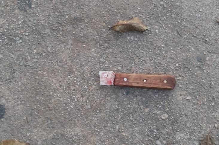 La asesinan a cuchilladas en San Juan; esposo, probable feminicida