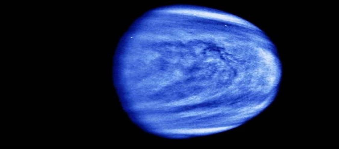Astrónomos hallan indicios de vida en Venus