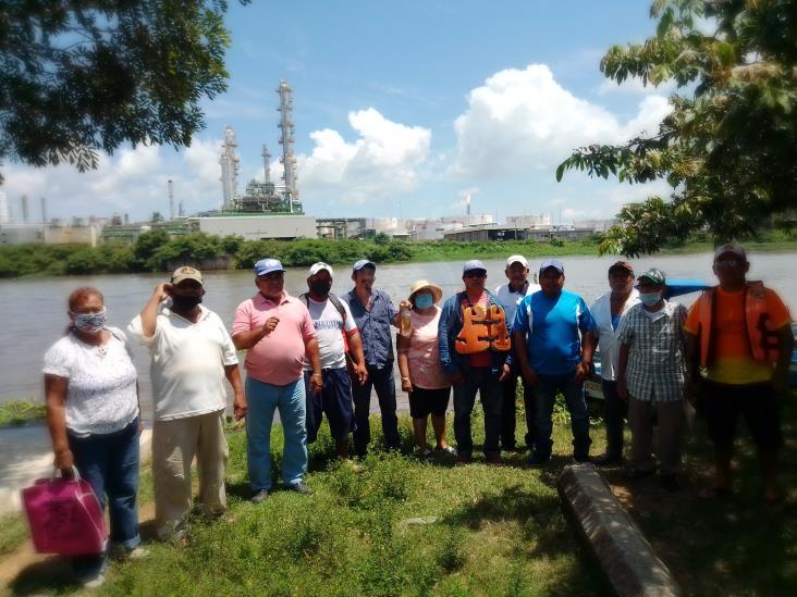 Detectan nuevo derrame de la Refinería al río Coatzacoalcos