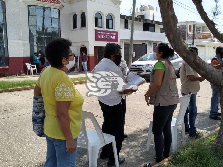En la zona sur, 820 beneficiarios de Bienestar recibirán tarjetas bancarias