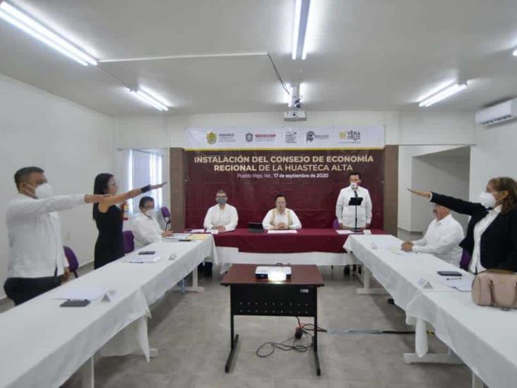 Instala Cuitláhuac Consejo de Economía de la Huasteca Alta