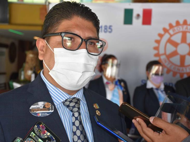 Club Rotario entregó caretas y cubrebocas en Orizaba
