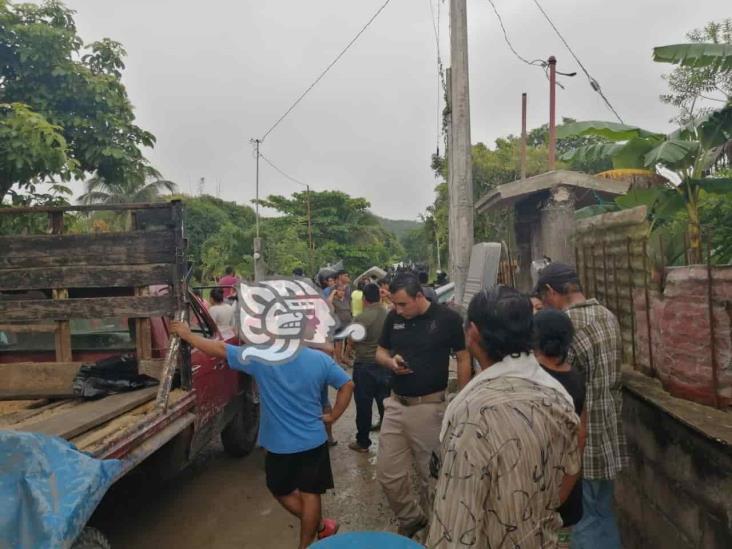Desalojan a casi 60 familias por invasión de predios en UMA Ixhuatlán