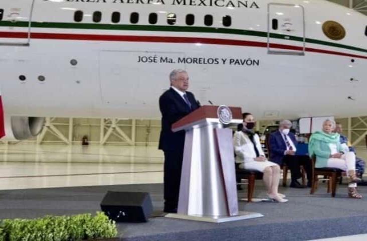 Dos escuelas de comunidades de Veracruz, beneficiadas con rifa de avión presidencial