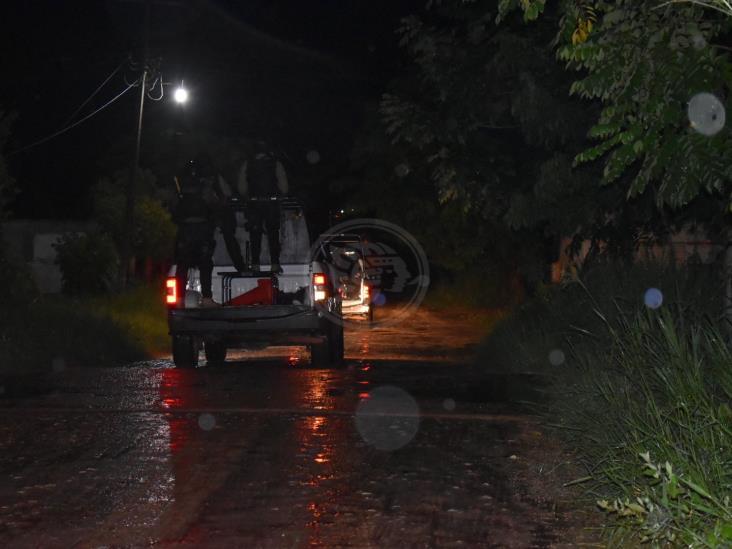 Tras operativo en Sayula, aseguran dos camionetes y detienen a dos