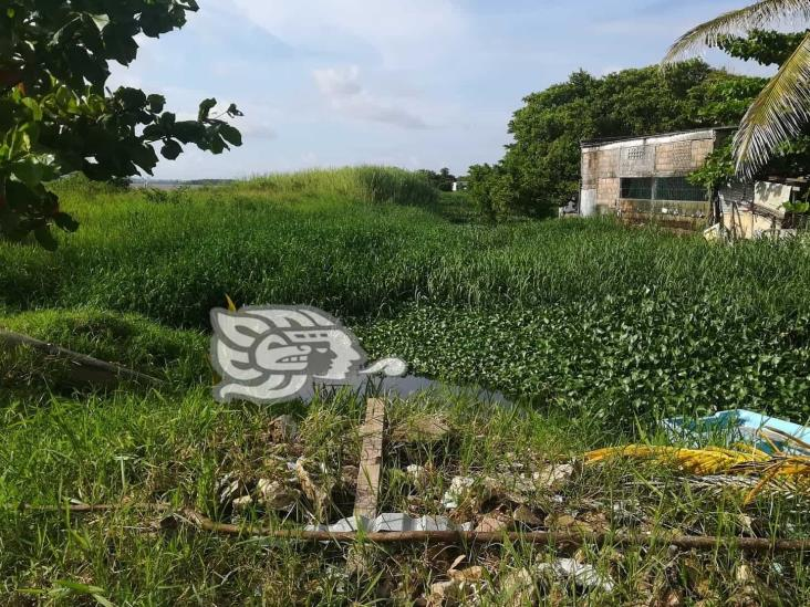 Obra abandonada en 2009 afecta a familias de Nanchital