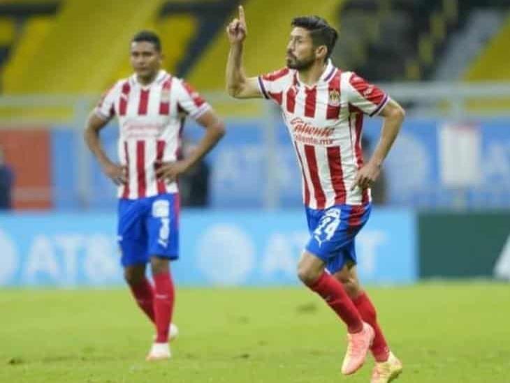 Afición estalla contra Oribe Peralta por reír con jugadores del América
