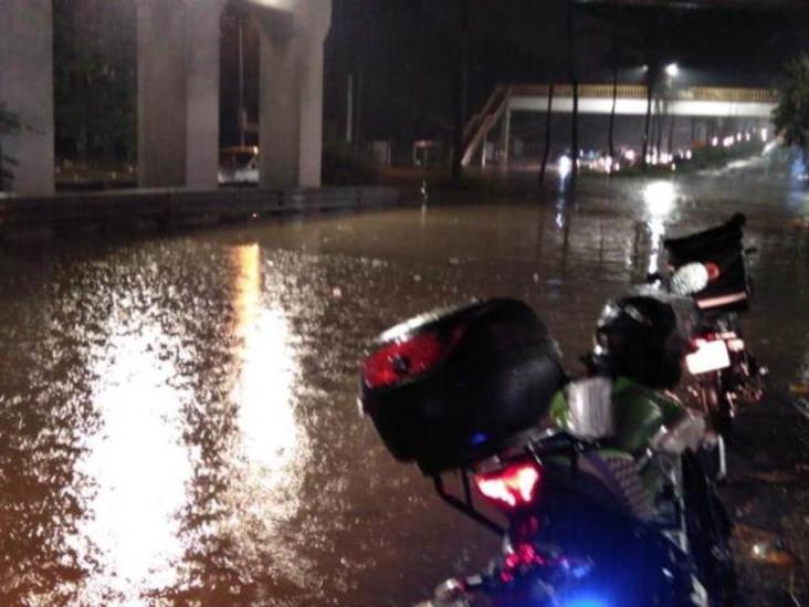 Lluvias dejan más de 2 mil afectados en Veracruz