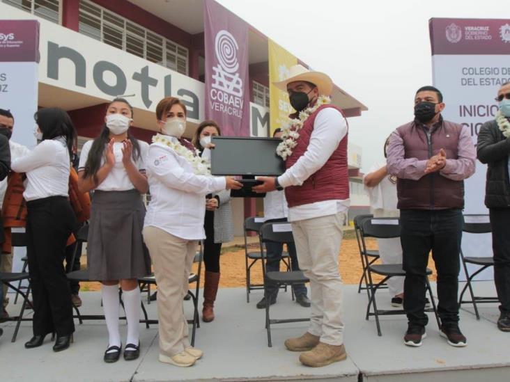 Inicia ciclo para educación media superior y superior en Veracruz