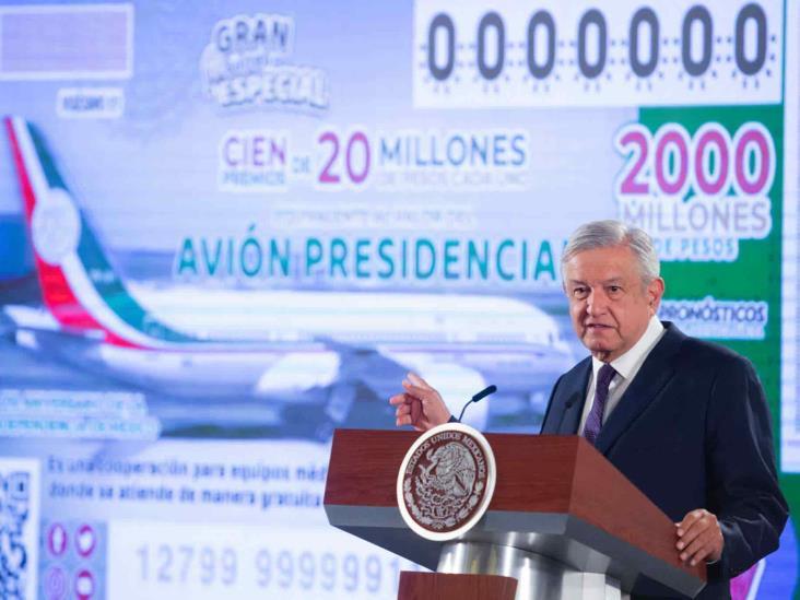 Rifa de avión cambia la suerte a escuelas de Veracruz