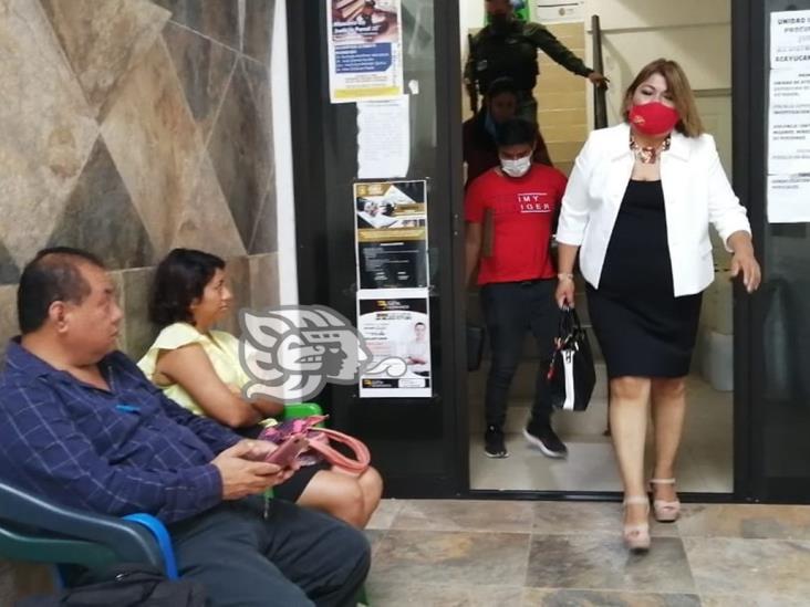 Acusan abogados corrupción en la Fiscalía de Acayucan