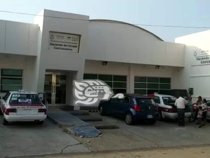 Oficinas de Hacienda en Coatzacoalcos continúan trabajando con normalidad