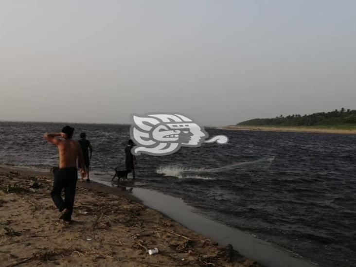 Alertan sobre caída de helicóptero en la barra de Tonalá
