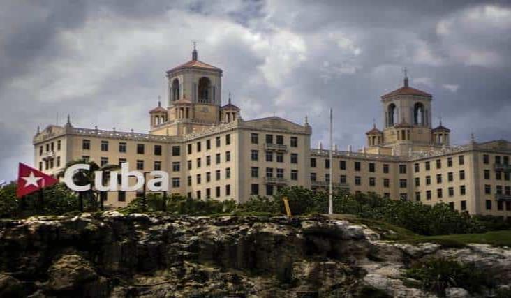 Presidente de Cuba rechaza nuevas restricciones de EU
