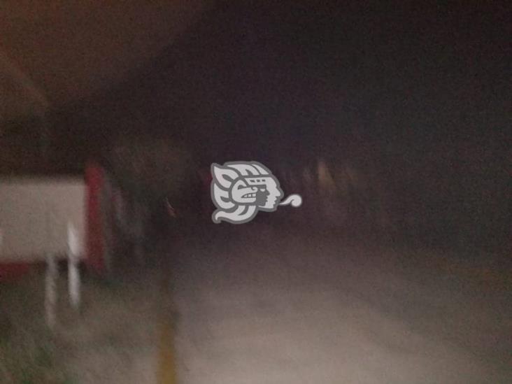 Deja CFE a varias colonias sin luz en Minatitlán