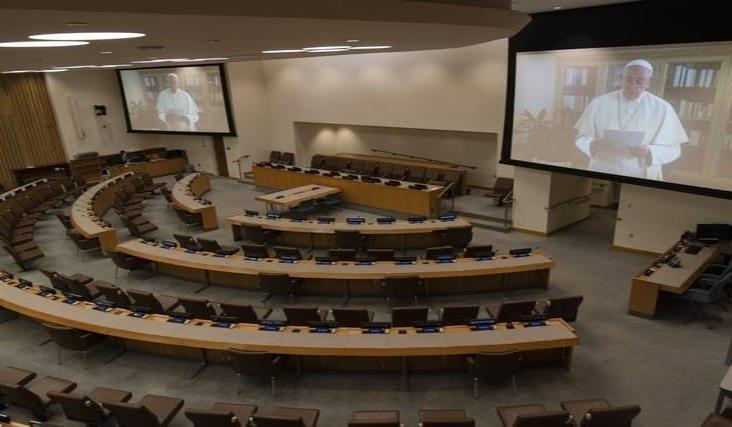 Papa insta a aliviar sanciones internacionales en discurso ante la ONU