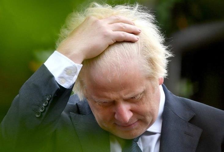 Sondeo arroja derrota de Boris Johnson por laboristas