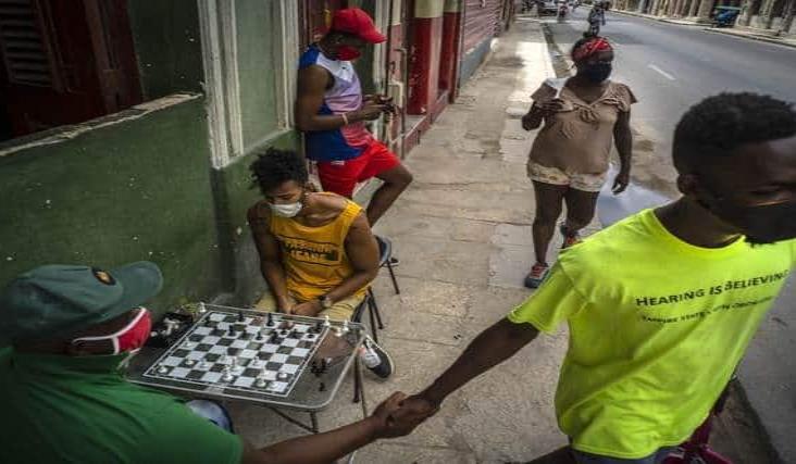Cuba flexibiliza contratación para trabajos temporales en el campo