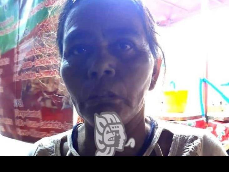 Abandonan en Acayucan a mujer originaria de Chiapas