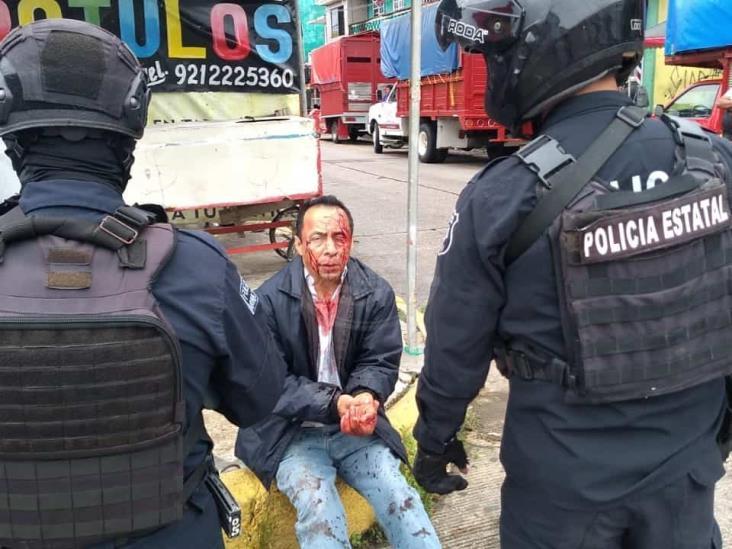 Padre e hijo riñen contra el escuadrón de la muerte en Coatzacoalcos