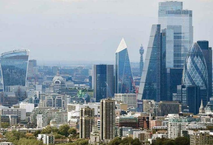 Por Brexit, Bruselas demanda a Londres