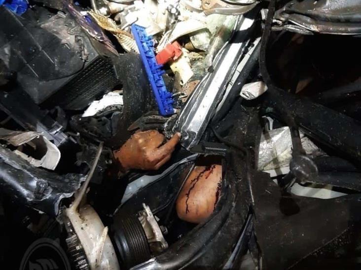 Pierden la vida 5 trabajadores en fatal accidente sobre la Tinaja-Cosolea