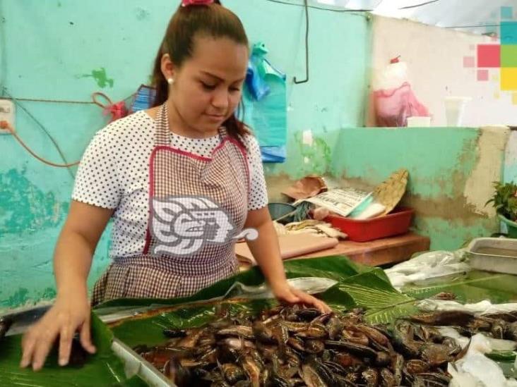 Comenzó vendimia de nácaras en los mercados de Minatitlán