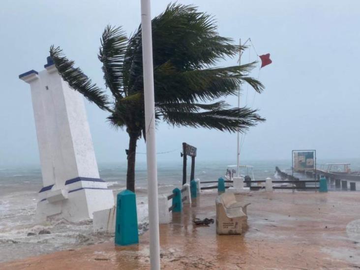 Tormenta tropical Gamma toca tierra en el Caribe mexicano