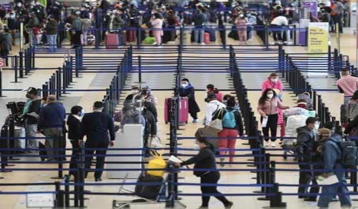 Reanuda Perú vuelos internacionales tras casi siete meses