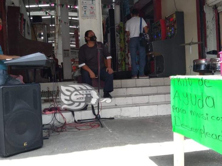 Ante falta de empleo por pandemia, músicos luchan por su sustento diario